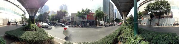 Bangkok Smile Dental Clinic-Ploenchit Branch - Bangkok dentists - street view