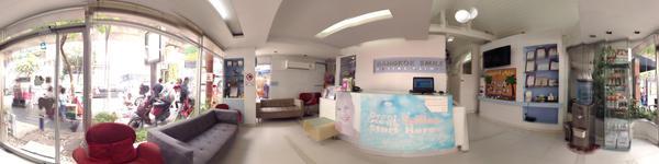 Bangkok Smile Dental Clinic-Ploenchit Branch - Bangkok dentists - patient waiting area