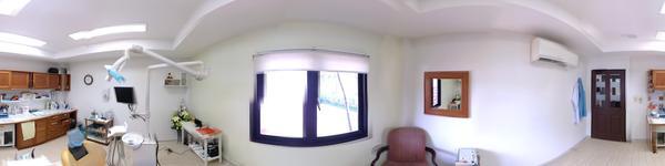 Promjai Dental Clinic Merlin Hotel Branch - Patong Beach, Phuket Thailand - treatment room #3
