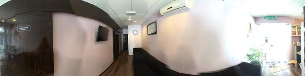 Klinik Pergigian Rohani (Gelugor) - Gelugor, Penang, Malaysia - Waiting area and Reception area