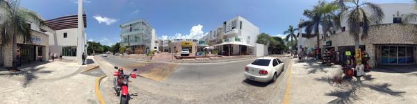Bokanova Riveria Maya - Playa del Carmen, Mexico - street view