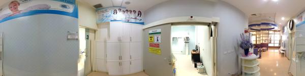 Phuket International Dental Center - Phuket, Thailand - hallway