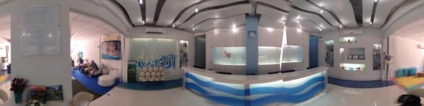 Sea Smile Dental Clinic - Phuket, Thailand - reception desk