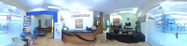 Bali 911 Dental Clinic - Kuta, Bali - Reception area, waiting area & clinic entrance